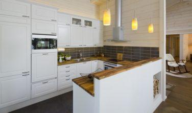 Srubové chaty KONTIO model Bella kuchyňský kout