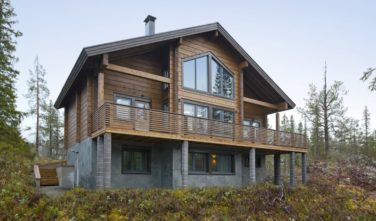 Luxusní srubový dům KONTIO v lyžařském středisku Levi ve Finsku