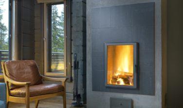 Luxusní srubový dům KONTIO krbová kamna