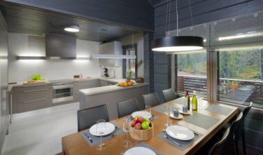 Kuchyň a jídelna - srubové domy KONTIO
