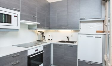 Srubový dům KONTIO kuchyň