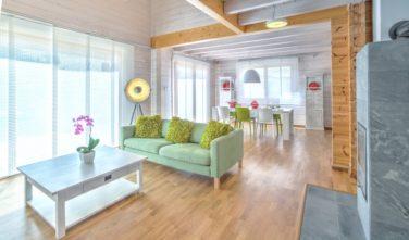 Dům roku 2015 - dům KONTIO obývací pokoj