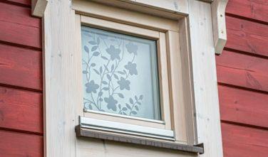 Srubový dům Kontio detail okna