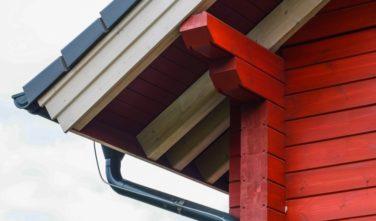 Srubový dům Kontio detail střechy