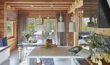 Dřevostavby Kontio River House jídelna