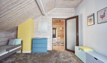 Dřevostavby Kontio River House pokoj pro hosty