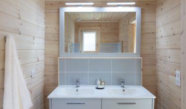 Dřevostavby Kontio Aquitaine koupelna