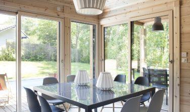 Dřevostavby Kontio Aquitaine lobývací pokoj, jídelna