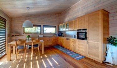 Dřevostavby Kontio bungalov na Moravě kuchyň, jídelna