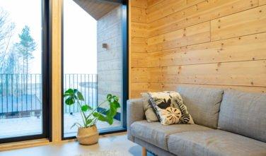 Dřevěný dům KONTIO-Oulunsalo z nesedavého trámu SmartLog