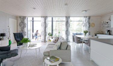 Dřevostavby Kontio Glasshouse 150 obývací pokoj 3