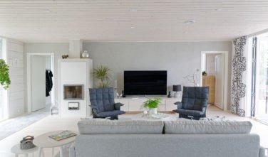 Dřevostavby Kontio Glasshouse 150 obývací pokoj 2