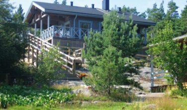 Dřevostavby Kontio srubový dům Suvi 7