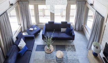 Dřevostavby KONTIO rodinný dům Iso-Kajastus v Poznani-obývací pokoj