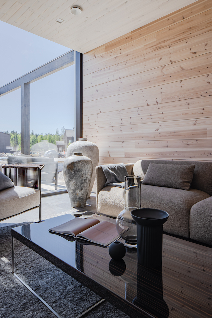 Drevostavby Kontio - rodinný dům Hill House - obývací pokoj