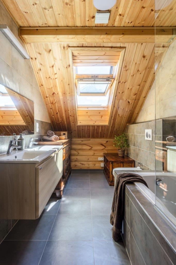 Dřevostavby KONTIO - rodinný dům Iso-Kajastus - interier - koupelna 1